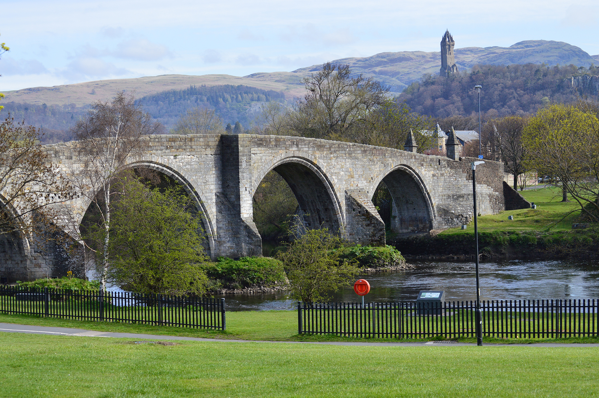 Stirling bridge with view to the Wallace Monument