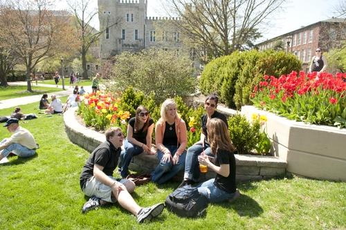 INTO ISU Students at campus