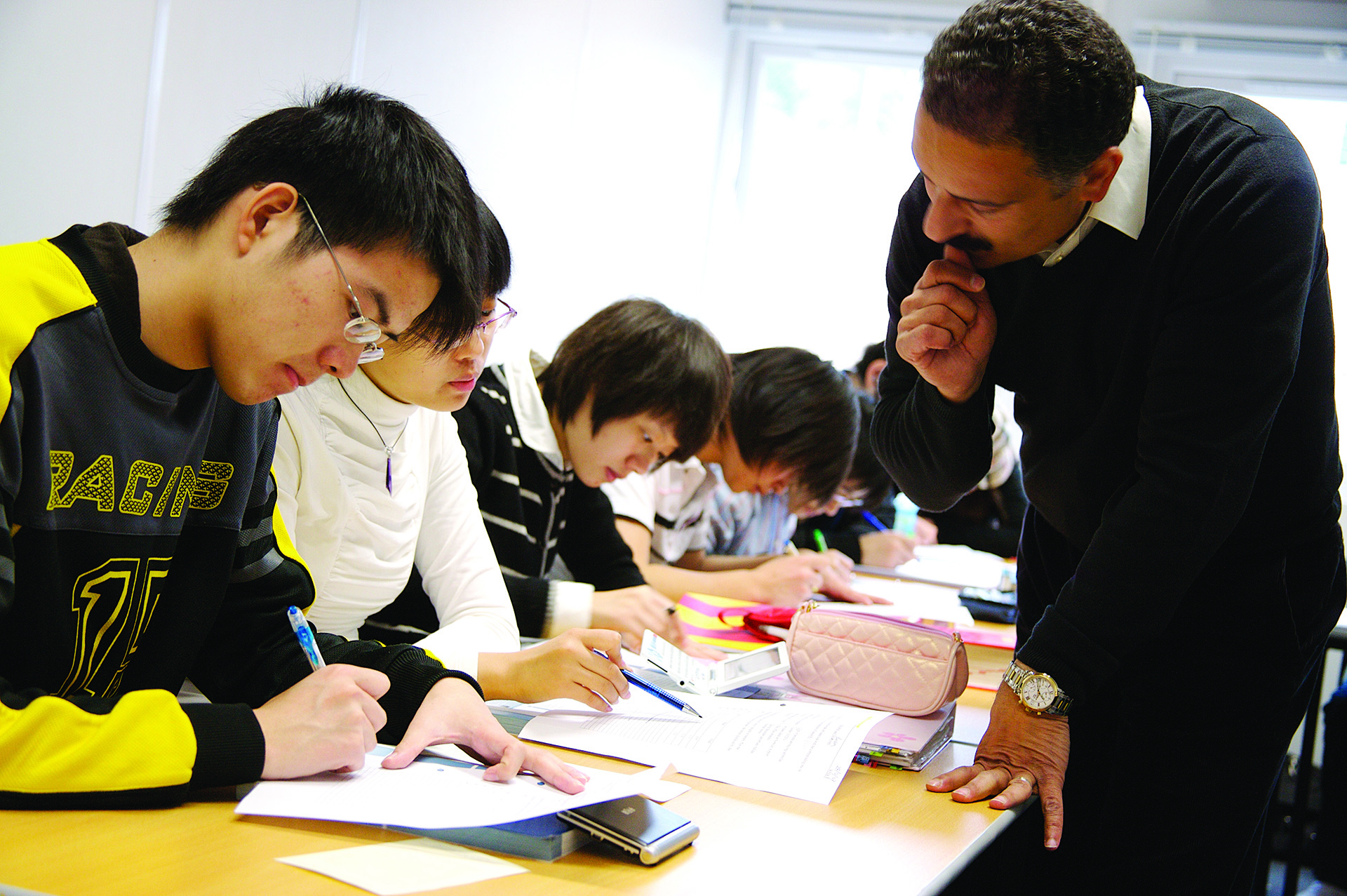 INTO students getting help with English