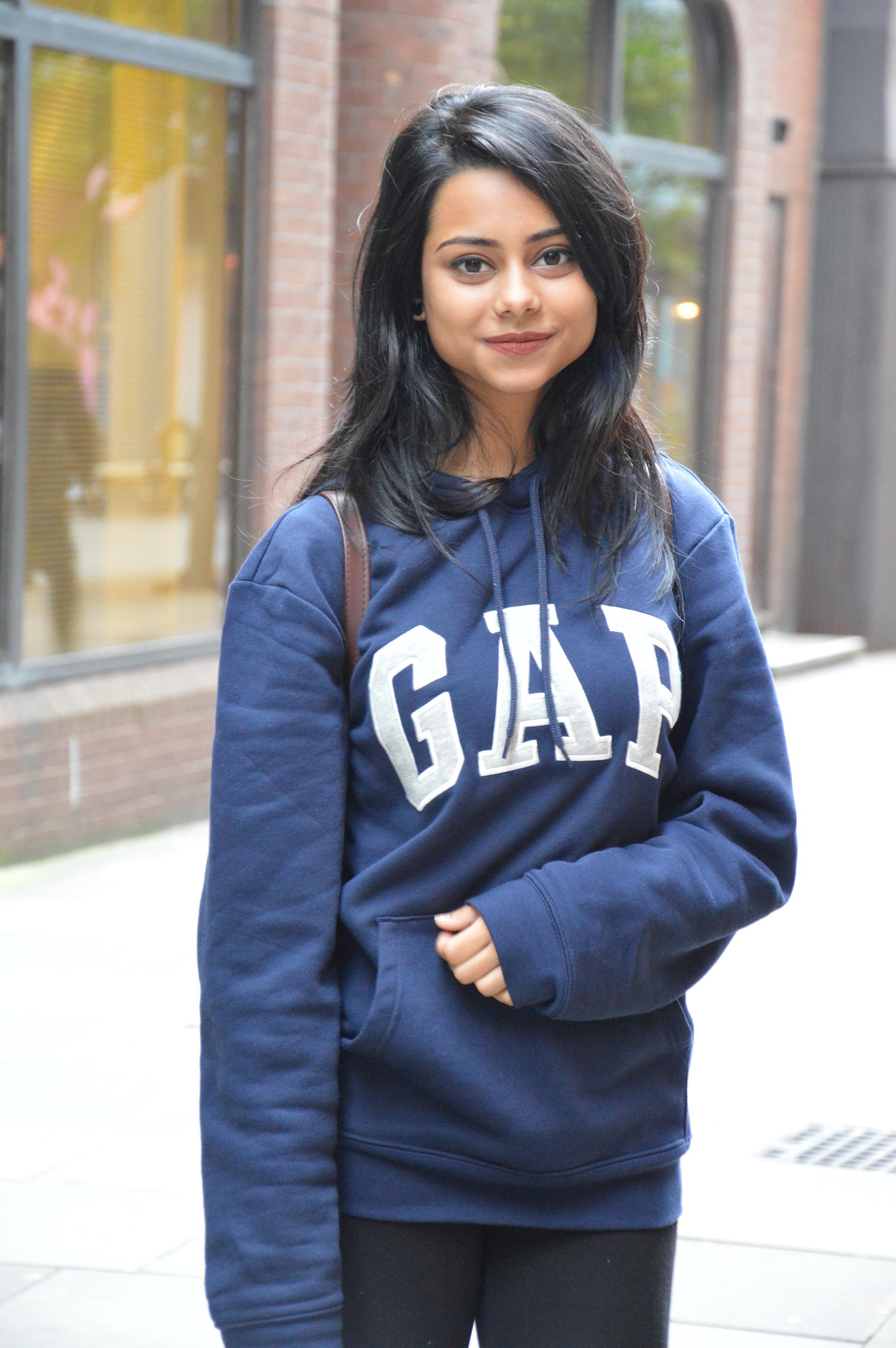 Photo of international student Yunaisa at INTO London
