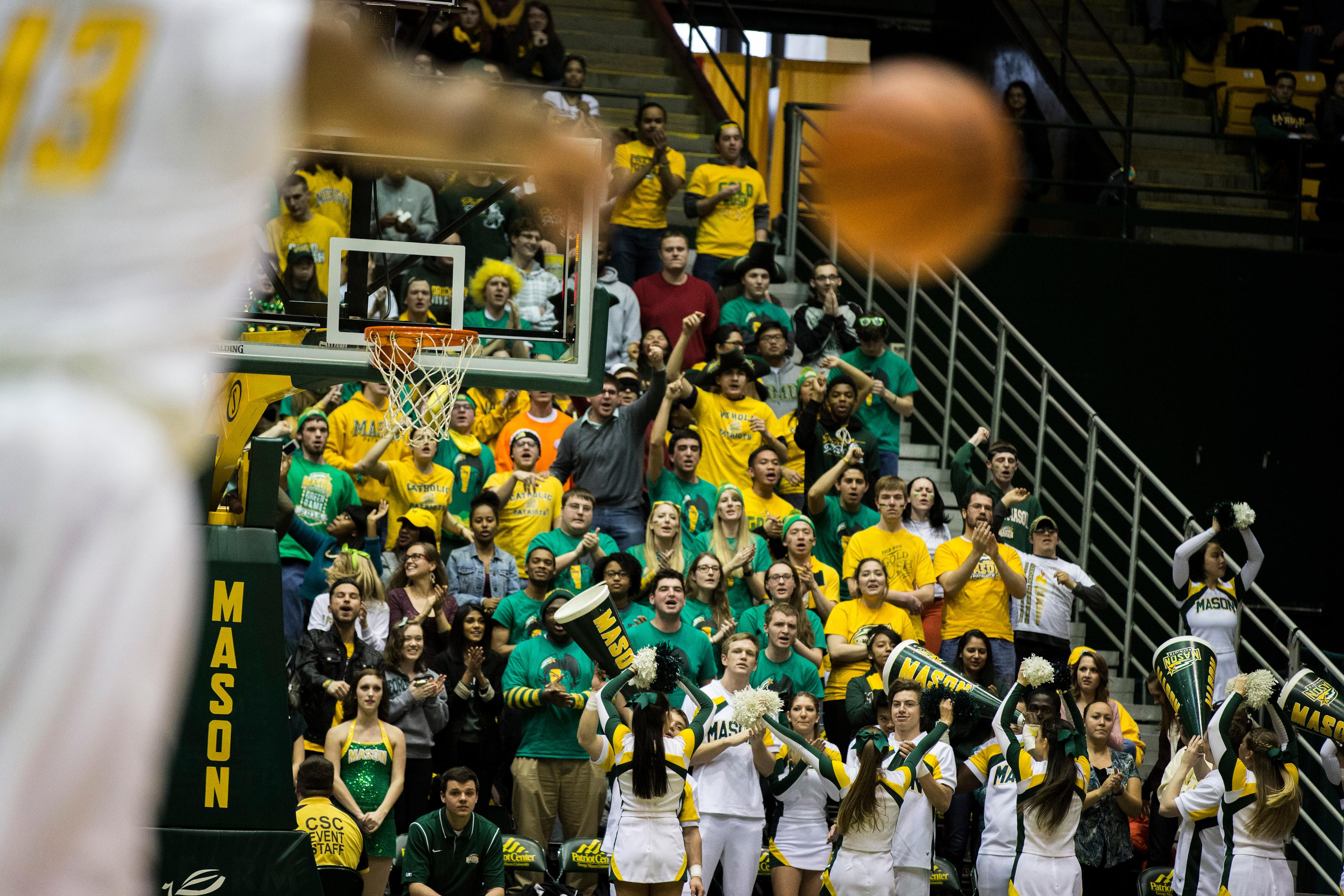 Mason students at basketball game_NCAA Division I sports