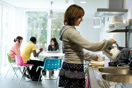 Students sharing a kitchen in INTO UEA student residences