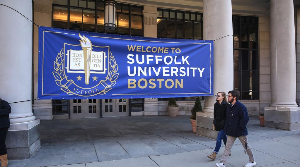 Suffolk Welcome Sign