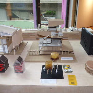Display of students Architecture models for course