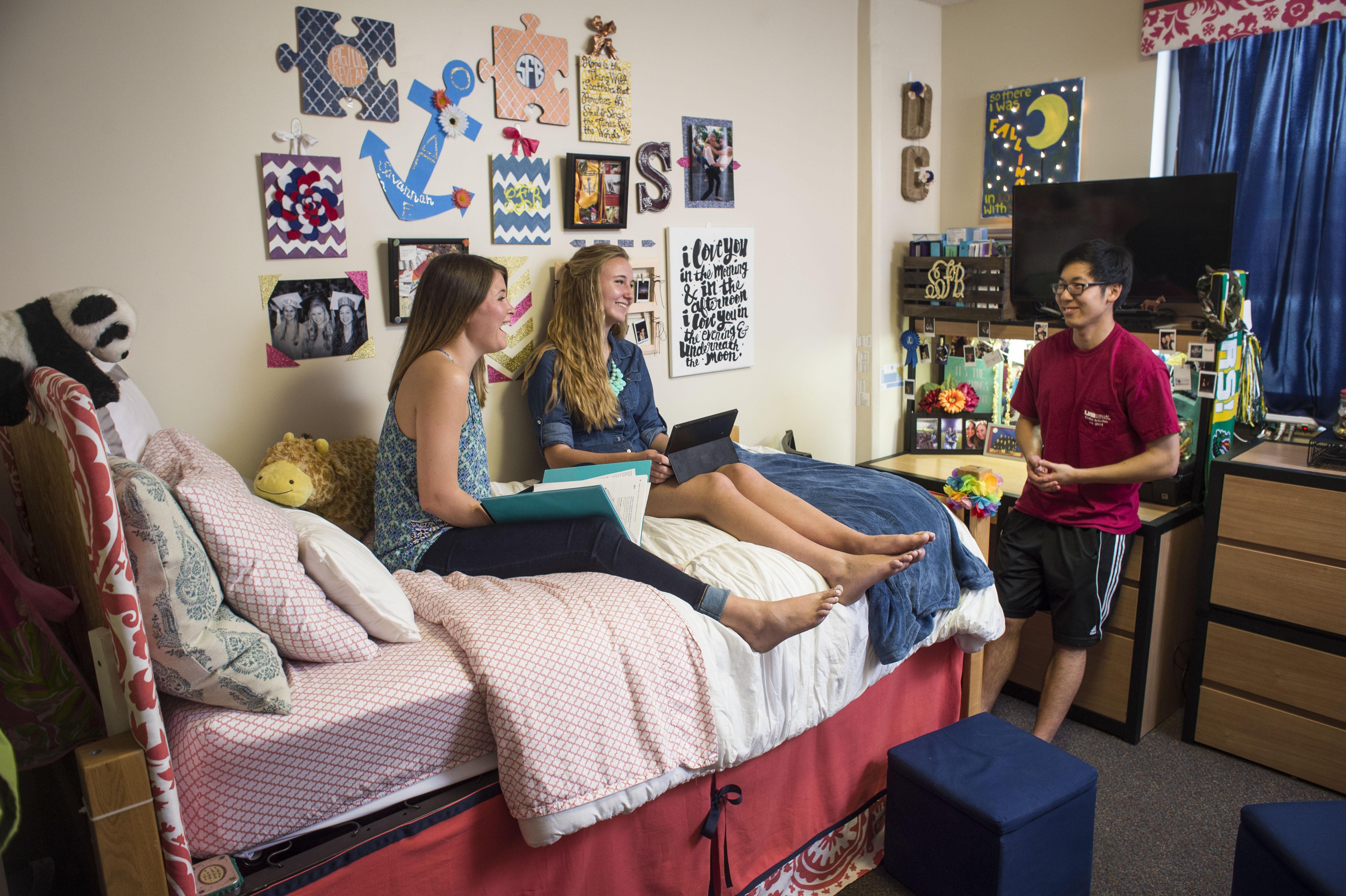 Blazer Hall dorm room @ UAB