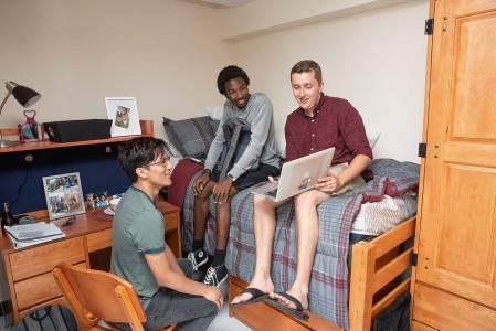 Residence Halls @ INTO Hofstra University