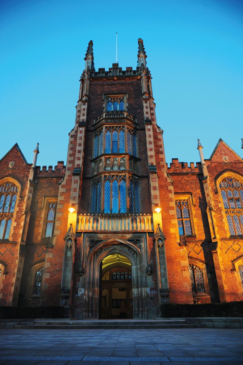 Entrance to Queen's University Belfast